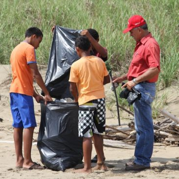 Beach Cleanup in Pedasi