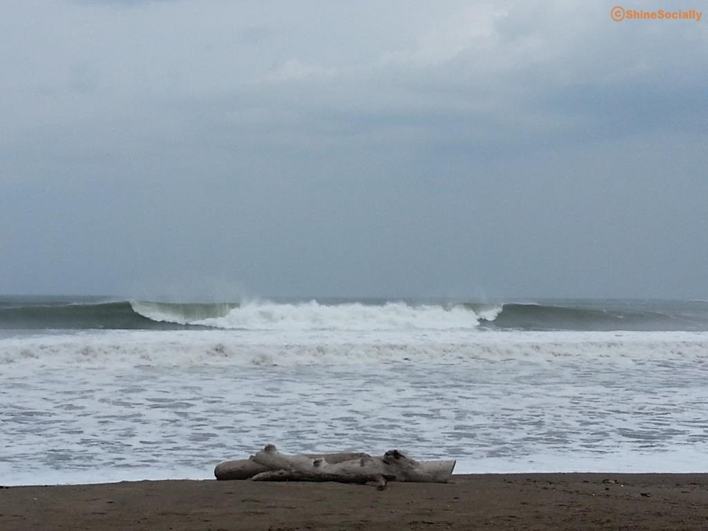 Picture of wave at Playa Venao